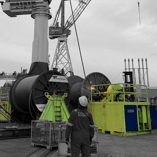 Spoolers and Winches
